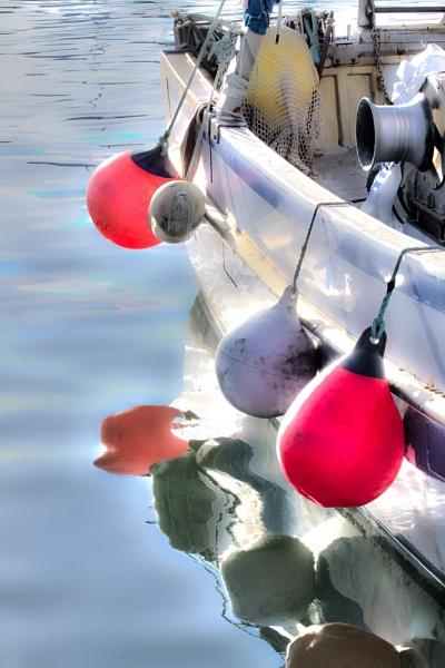 sunny buoys by thatmanbrian