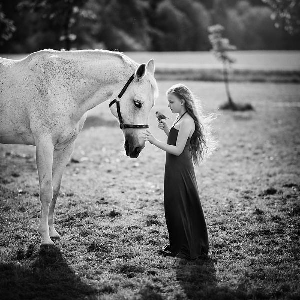 Magical friendship by ZanetaFrenn