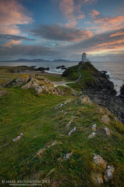 Ynys Llanddwyn by MarkBroughton