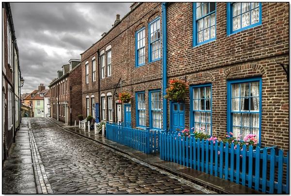 A wet morning on Henrietta Street by TrevBatWCC