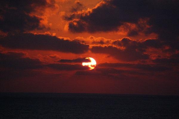 Sunset in Tel Aviv by minamahal
