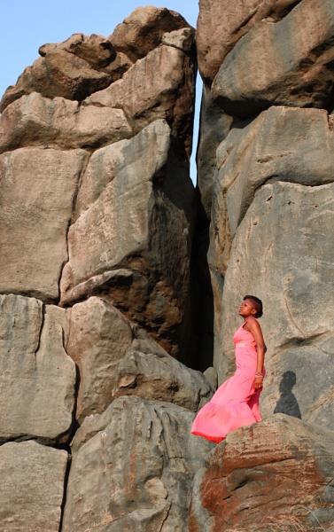 Girl on a rock by shishidog