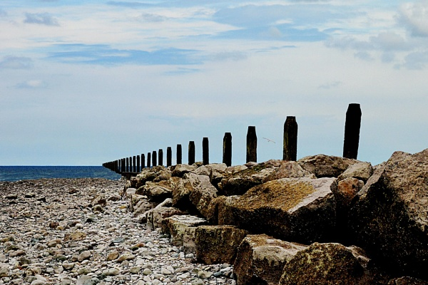 Vanishing groyne by Evertonian