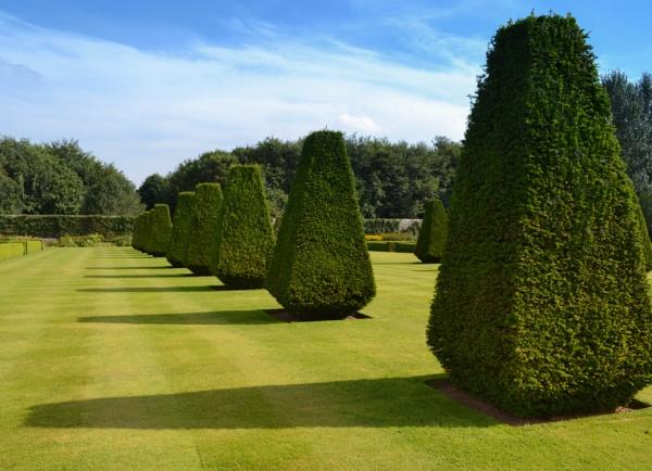 Pitmedden gardens by Sreidser08