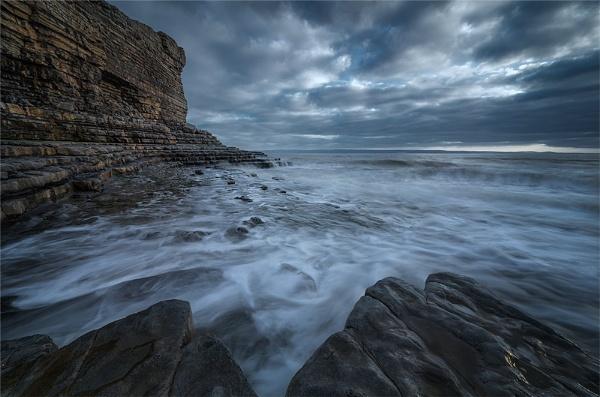 Moody Sea by dmhuynh72