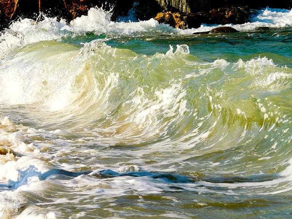 Aegean wave by Stevekriti