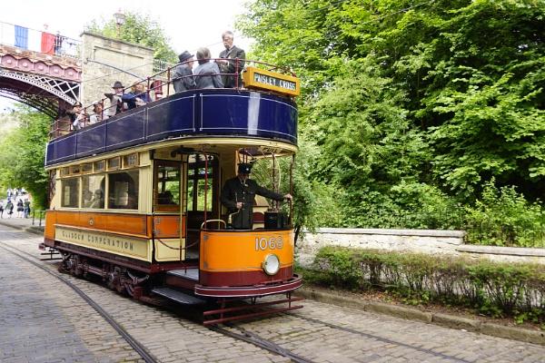 Glasgow Corporation Transport 1068 by Debbieg6mjn