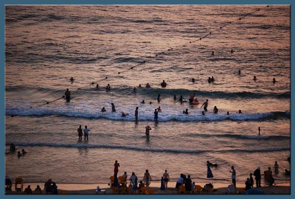 Evening swim in Tel Aviv! by minamahal