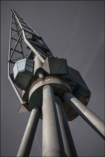 Docklands Crane by steve_fdr