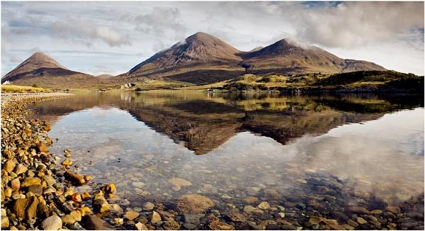 Beinn na Cro... by Scottishlandscapes