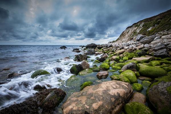 Slippery Rocks at St Catherine\'s Bay by ukscotth
