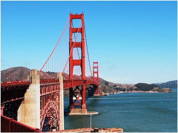 Golden Gate Bridge Again by iancatch