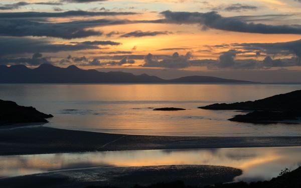 Morar sunset by ScottishHaggis