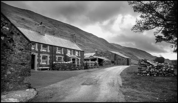Pentre Farm by bwlchmawr