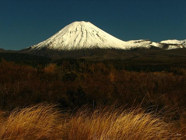 Mt Ngauruhoe 7 by DevilsAdvocate
