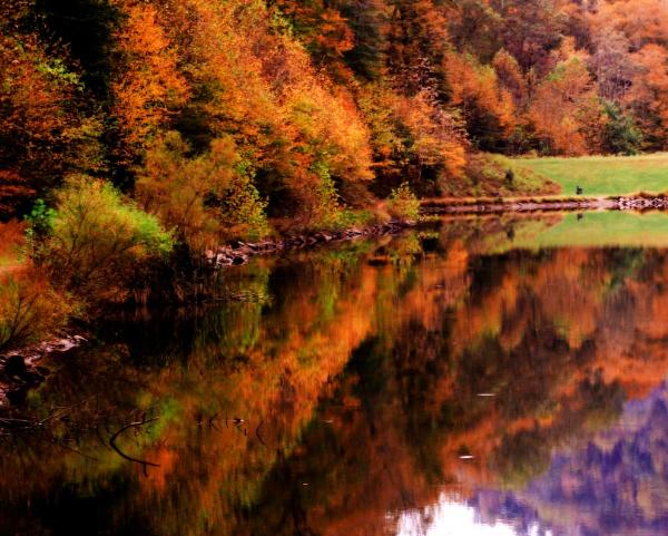 Autumn in West Virginia by dawnmichelle