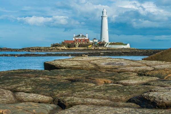 St Marys Lighthouse. by lynks