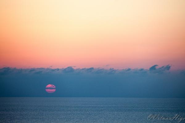 Lavarnaka sun set by OVrtnarHigi