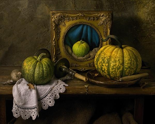 Little Squash by GARYHICKIN