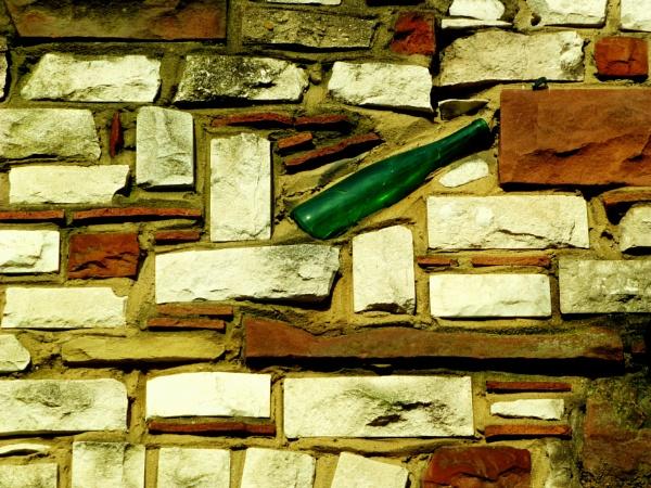 10 green bottles... by Chinga
