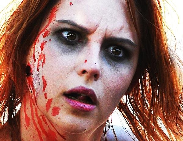 She desires brains!..........Zombie in Zombie Walk 2013 by steevo46