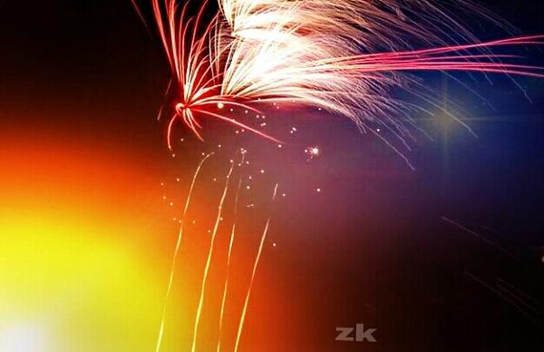 fireworks :-) by ZoeKemp