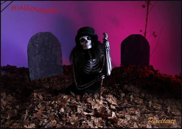 Halloween by Pixelliott