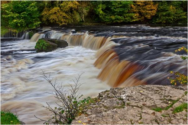 Aysgarth Upper Falls by MalcolmS