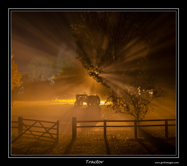 Tractor by GlynnisFrith