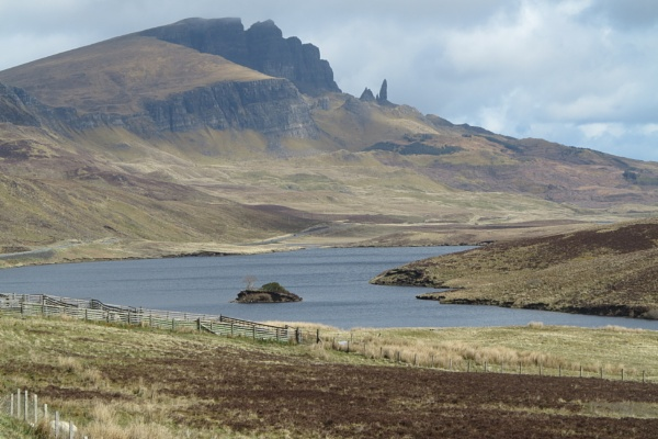 Distant view of the Old Man of Storr by ianto