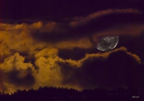 Full moon 0997 brightened by paulknight