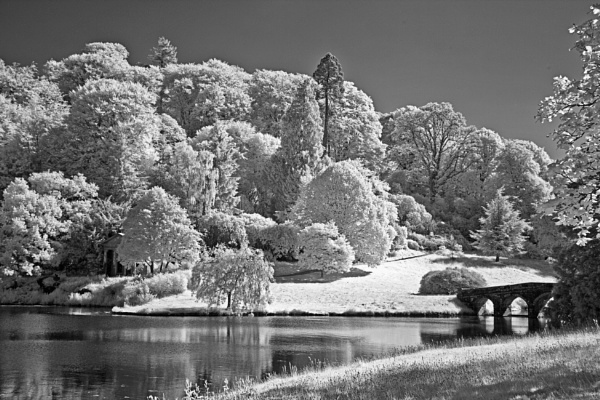 Stourhead gardens by frenchie44