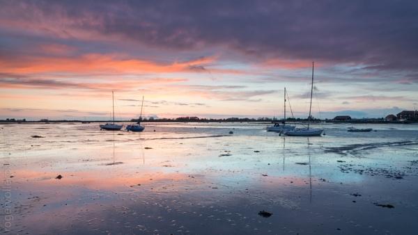 Dragon Bay by rvoller