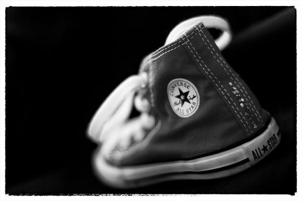 Converse. by szlatoszlavek