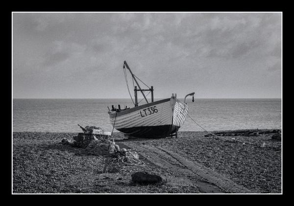 Aldeburgh fishing boat 3 by malleader