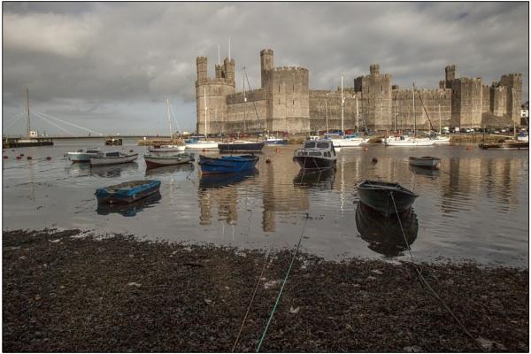 Caernarfon Castle by ianto