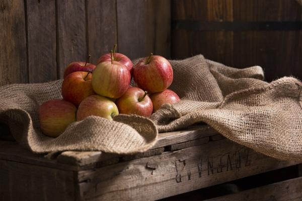 english apples by amanda0102