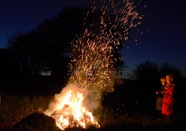 Winter Fire by ljesmith
