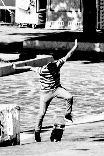 Skateboard 3 by derrymaine