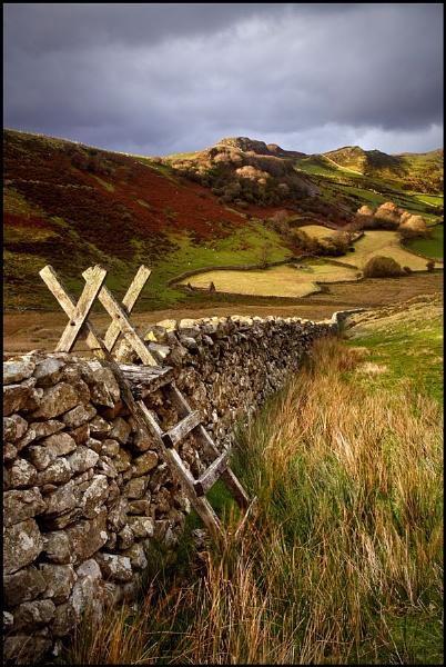Near Cregennen, North Wales by IanFlindt