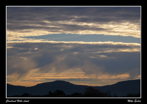 Cleveland Hills cloud by oldgreyheron