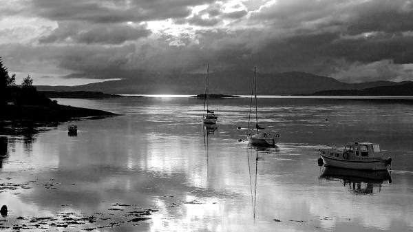 Loch Linhe Sunset by altosaxman