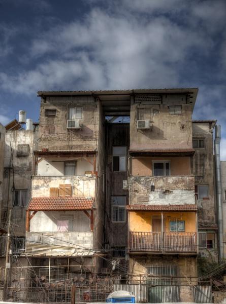 Urban Decay by ubaruch