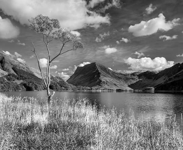Buttermere towards Haystacks by mickp
