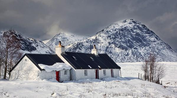 Blackrock Cottage by Mstphoto