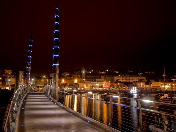 Torquay Harbour Lights by jaylethbridge