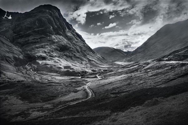 Into the Glen by Speckled_Coast
