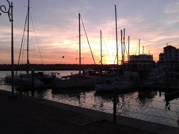 Sunset by Leelya