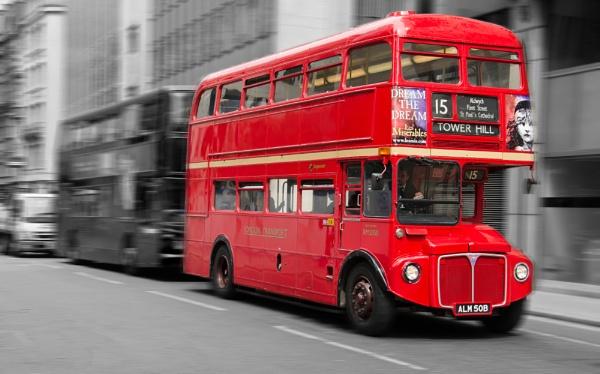 London Bus by GraemeR