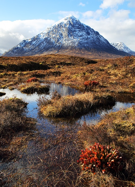 ACROSS TO THE BUACHAILLE by Graham_Woolmer